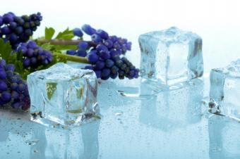 https://cf.ltkcdn.net/diet/images/slide/86276-849x565-Frozen-grapes.jpg