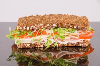 https://cf.ltkcdn.net/diet/images/slide/86291-850x563-Sandwich-4.JPG