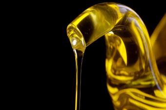 https://cf.ltkcdn.net/diet/images/slide/86293-850x565-Olive-Oil.JPG