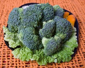 https://cf.ltkcdn.net/diet/images/slide/86300-775x619-Broccoli-Is-Good-For-You.JPG
