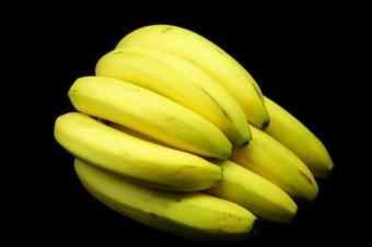 https://cf.ltkcdn.net/diet/images/slide/86304-850x565-Bunch-of-Bananas.JPG