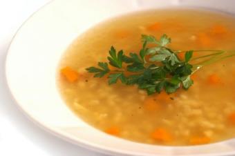 https://cf.ltkcdn.net/diet/images/slide/86353-425x282-soup.jpg