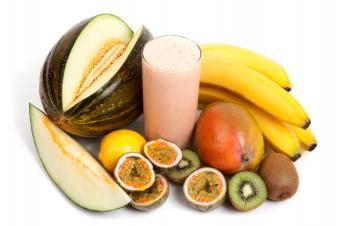 https://cf.ltkcdn.net/diet/images/slide/86385-849x565-tropical-smoothie.jpg