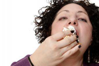 https://cf.ltkcdn.net/diet/images/slide/86408-849x565-Eating_the_Wrong_Foods.jpg