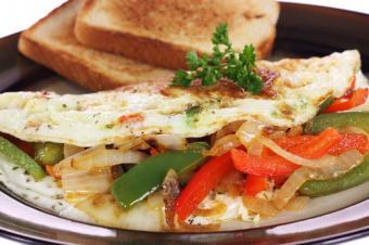 https://cf.ltkcdn.net/diet/images/slide/86414-849x565-Egg_white_omelet.jpg