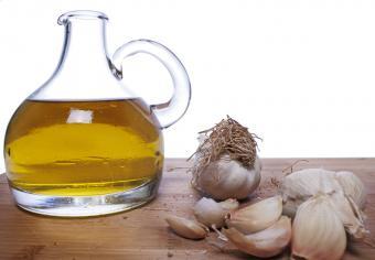 https://cf.ltkcdn.net/diet/images/slide/86422-800x555-Healthy_oil.jpg