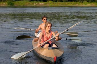 https://cf.ltkcdn.net/diet/images/slide/86423-800x531-Couple_kayaking.jpg
