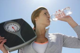 https://cf.ltkcdn.net/diet/images/slide/86453-849x565-Water.jpg