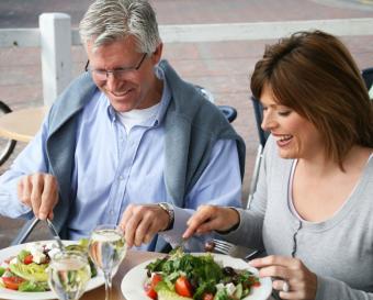https://cf.ltkcdn.net/diet/images/slide/86466-773x621-Healthy_Eating.jpg
