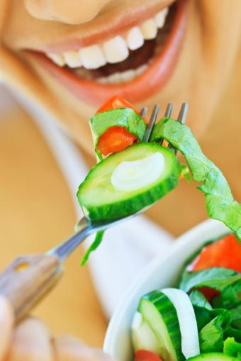 https://cf.ltkcdn.net/diet/images/slide/86470-566x848-vegetariandiet.jpg