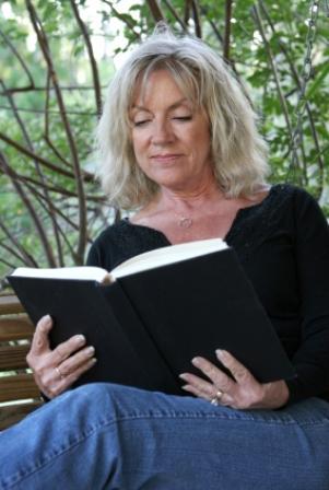 Woman_reading_a_book.jpg