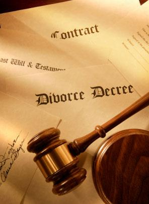Divorce-Decree-with-Gavel.jpg