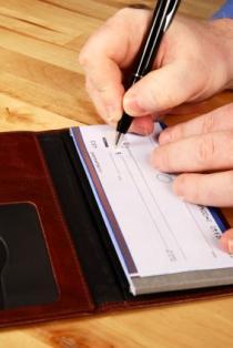 Avoiding alimony in a divorce settlement.