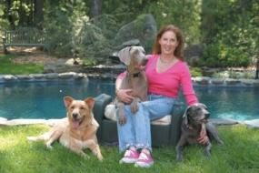 Author Tracie Hotchner and her dogs