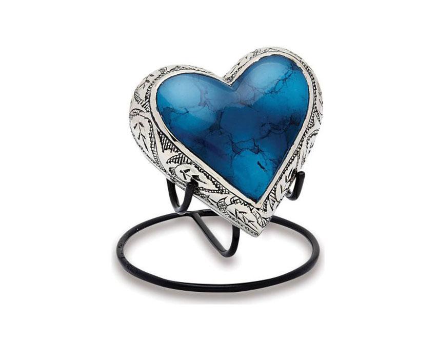https://cf.ltkcdn.net/dying/images/slide/217831-850x708-Grecian-Blue-Keepsake-Heart.jpg