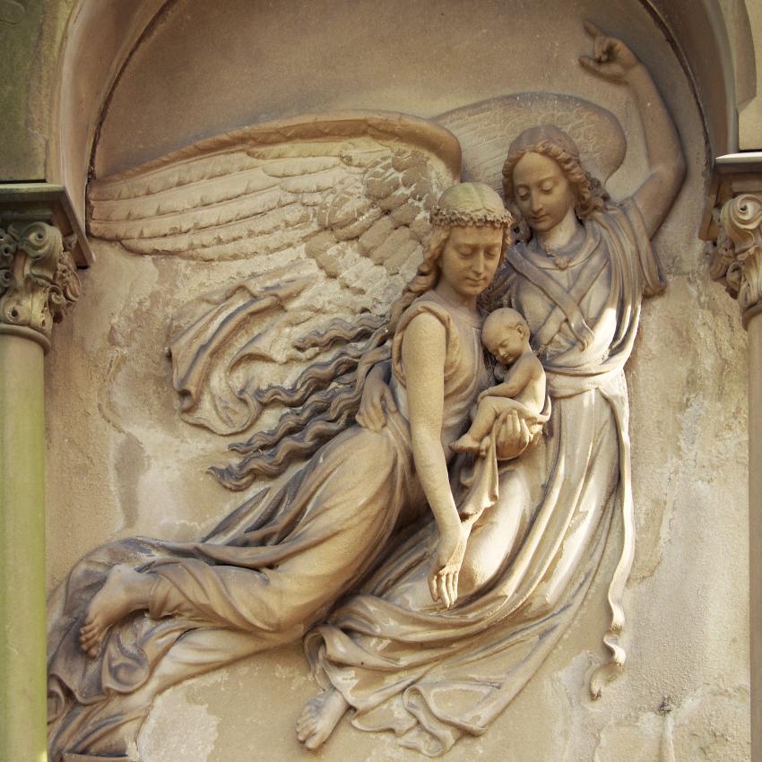 https://cf.ltkcdn.net/dying/images/slide/245083-850x850-angel-gravestone.jpg