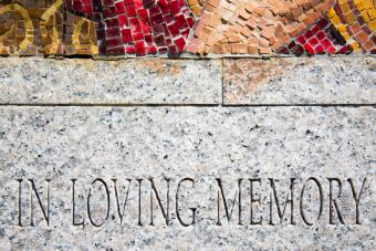 Simple Words to Write on a Headstone