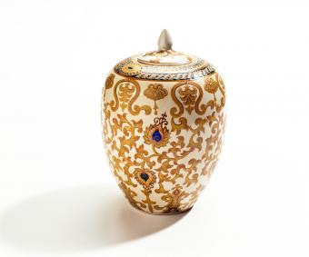 14 Exquisite Cremation Urn Options