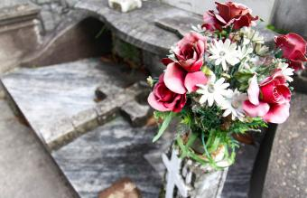 Artificial Cemetery Flowers