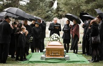Funeral Etiquette Before, During and After the Service