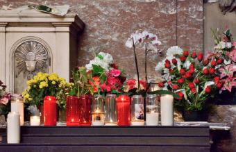 What Is a Memorial Mass?