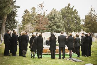 How Long Is a Funeral? Length of Different Types