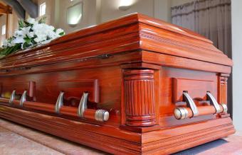 Coffin vs. Casket: Key Differences Explained