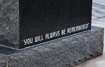 How to Write a Meaningful Epitaph