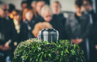 What Is the Difference Between Cremation and Direct Cremation?