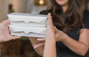 Thoughtful Funeral Food to Take to a Grieving Family