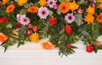 Funeral Flowers for Men: Types & Personal Touches