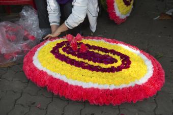 Vietnamese funeral wreath