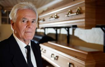 What Does a Funeral Director Do? Role and Duties