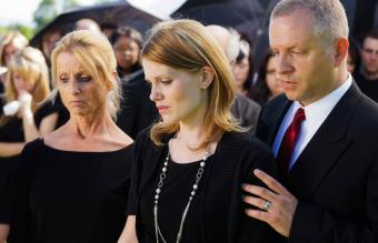 Why Do People Wear Black to Funerals? Behind the Tradition
