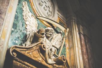 Angel of death skull sculpture