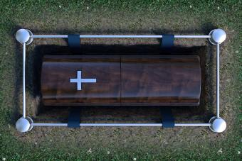 What Is Direct Burial? The Process and Key Facts