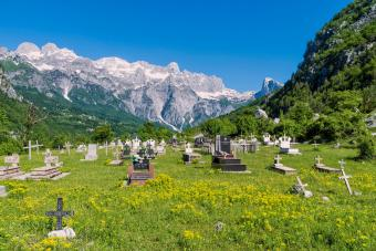 Albanian Burial Customs and Funeral Traditions Across Time
