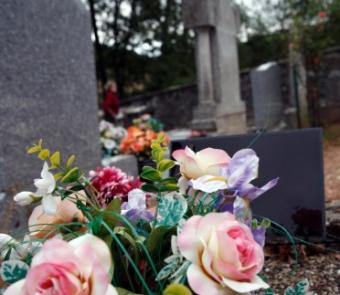 Tips on How to Write a Funeral Resolution