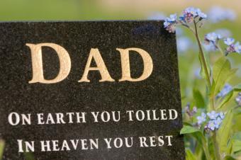 https://cf.ltkcdn.net/dying/images/slide/74589-849x565-headstone4.jpg