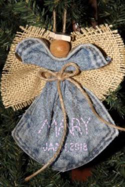 Angel ornament with name and date