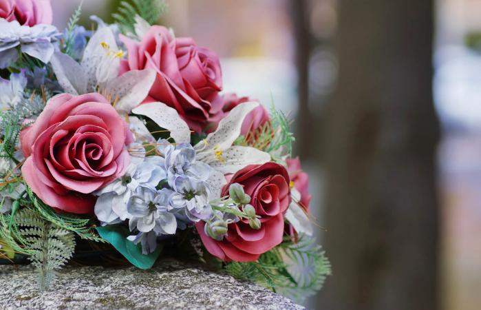 5 Examples Of Thank You Notes For Funeral Flowers Lovetoknow