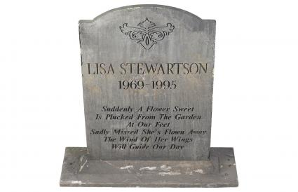 Long epitaph written on headstone