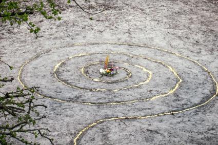 Magic spiral works wicca altar
