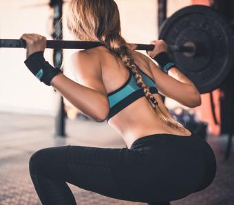 https://cf.ltkcdn.net/ejercicio/images/slide/255950-850x744-ejercicios-gluteos-sexy-8.jpg
