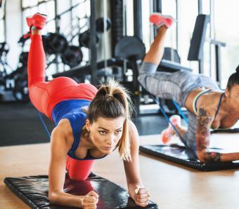 https://cf.ltkcdn.net/ejercicio/images/slide/255952-850x744-ejercicios-gluteos-sexy-10.jpg
