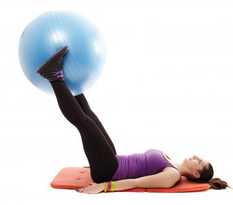 https://cf.ltkcdn.net/ejercicio/images/slide/255975-850x744-ejemplos-ejercicios-pilates-7.jpg