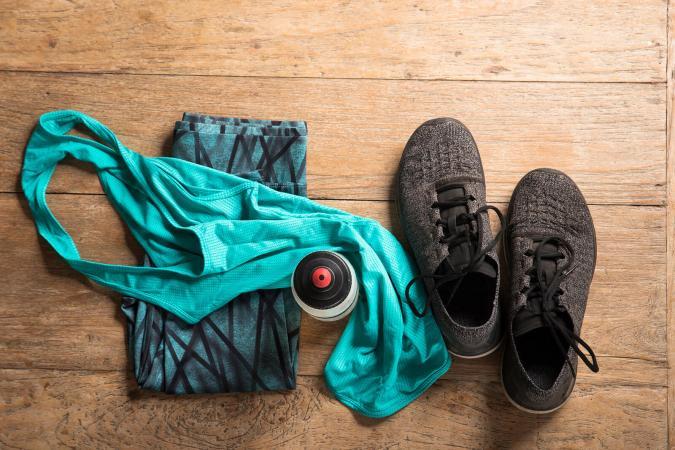 Ropa y zapatos deportivos