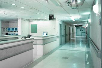 https://cf.ltkcdn.net/embarazo/images/slide/235129-850x566-pasillo-del-hospital.jpg