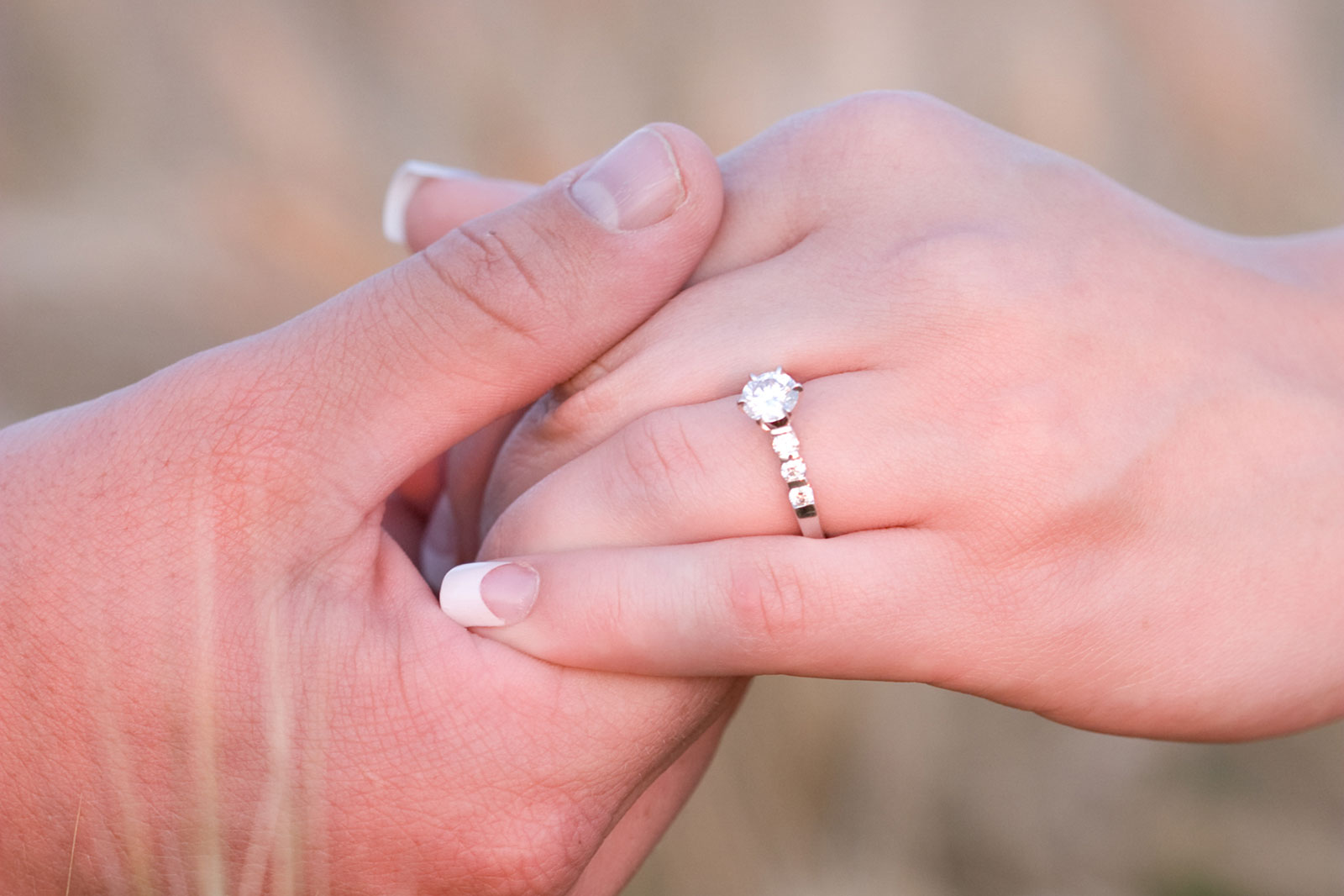 Best Engagement Rings for Chubby Fingers