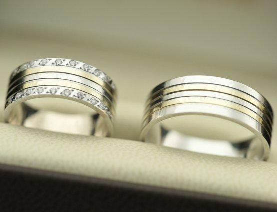 Unique His and Hers Wedding Ring Band Photos | LoveToKnow